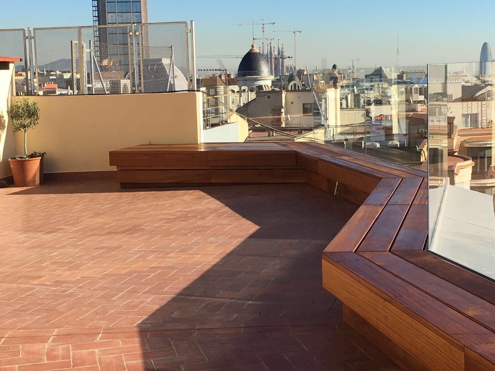Bancos exteriores de madera parquets solutions - Bancos de exterior ...